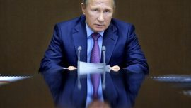 Putin Rejects Claims of Russian Interference in US Election
