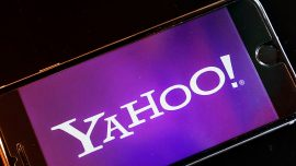 Verizon sought $925 million discount for Yahoo deal after data breaches