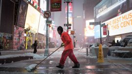 Snow and sleet cover New York City, blizzard warning cancelled
