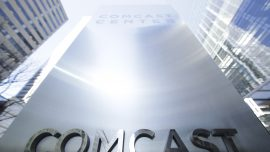 Comcast to sell cellphone plans on Verizon's network