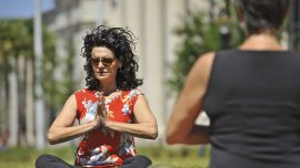 Florida judge does yoga on courthouse lawn