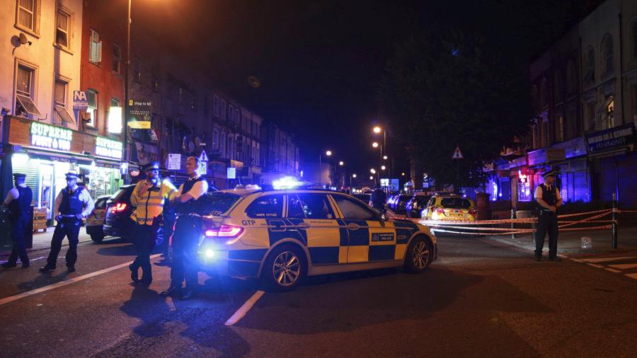 Van rams crowd outside London mosque, injuring several people