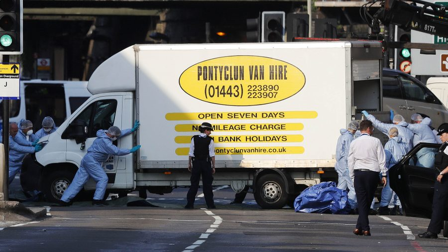 7 still hospitalized after London mosque attack