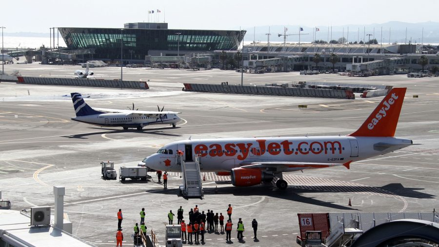 Easyjet Passenger Removed From Plane After Allegedly Sexually Harassing Flight Attendant
