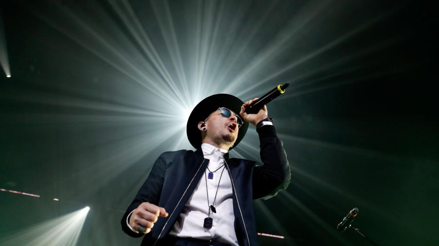 Linkin Park Album Sales Skyrocket 5 332 Percent After Death