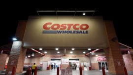 Costco Steps up Grocery Battle With New Delivery Services