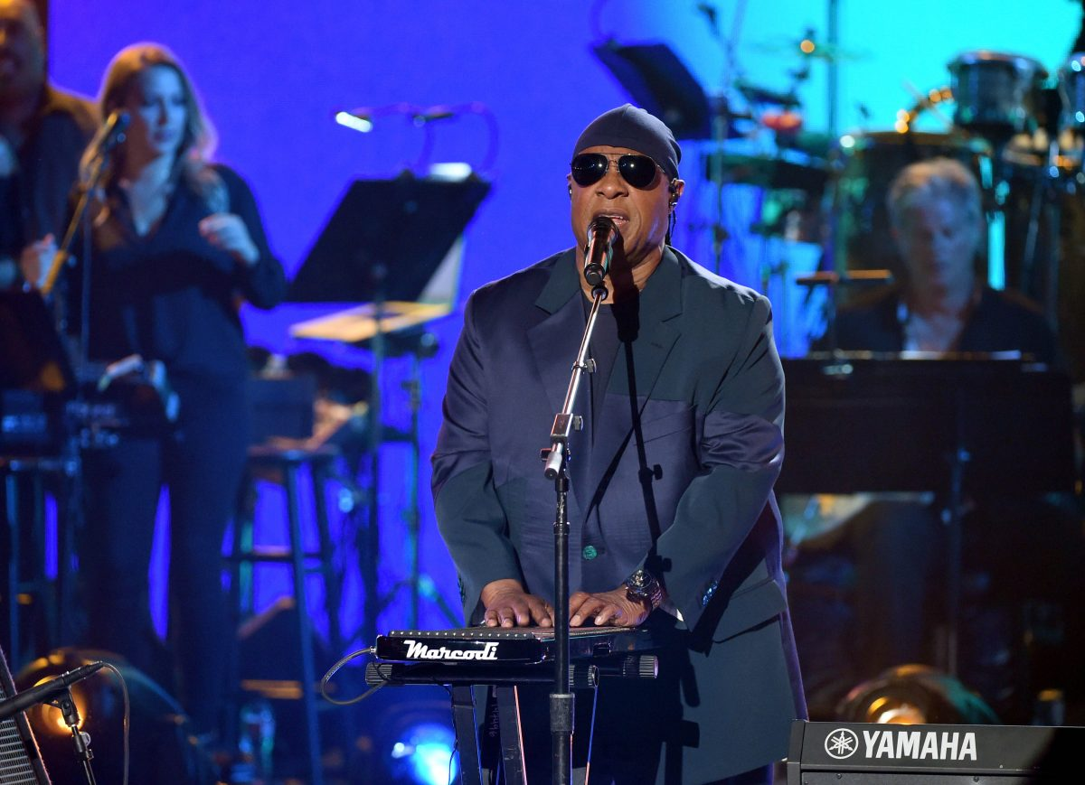Stevie Wonder performs onstage during 'One Voice: Somos Live! A Concert For Disaster Relief' at the Universal Studios Lot on October 14, 2017 in Los Angeles, California. (Kevin Winter/One Voice: Somos Live!/Getty Images)