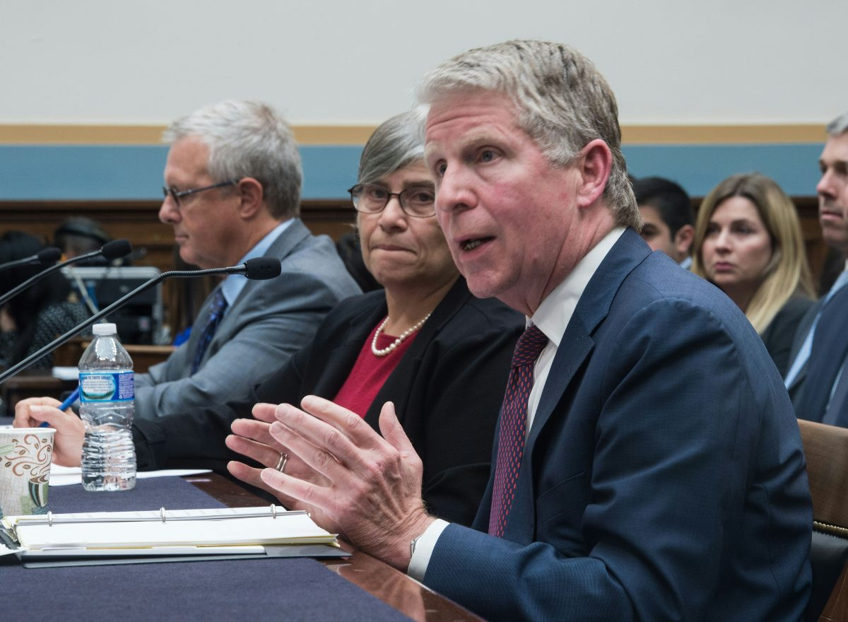 New York District Attorney Cyrus Vance Jr. (R) testifies before the House Judiciary Committee on Capitol Hill in Washington, DC, on March 1, 2016. (Nicholas Kamm/AFP/Getty Images)