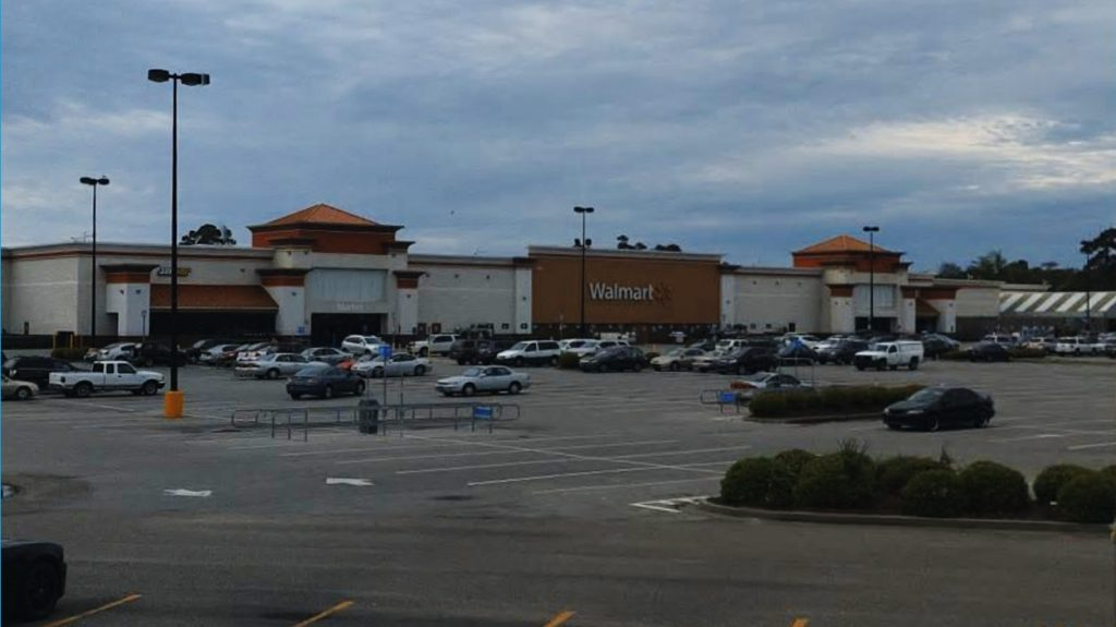 The Walmart at 550 North Hwy 17 (Screenshot—–Bing Maps)