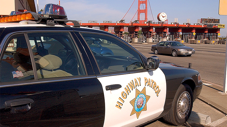 A California Highway Patrol car stands guard at the Golden Gate Bridge toll plaza November 2, 2001 in San Francisco, CA. (Justin Sullivan/Getty Images)