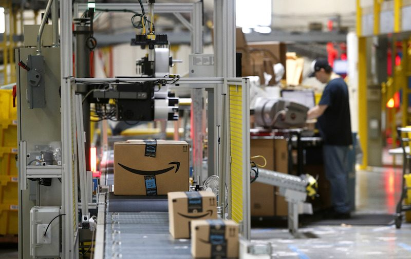 NY Gov Raps Critics Amazon Amid Report of Headquarters Move