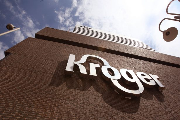 Twenty-six sites of Kroger Co. will ban payment through Visa credit cards starting Aug. 14, 2018. (Scott Olson/Getty Images)