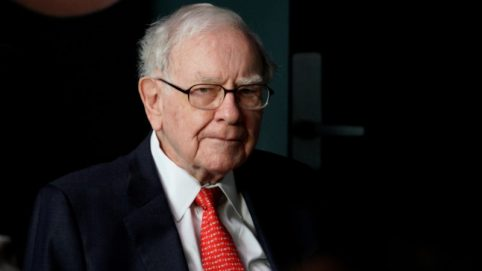 Buffett Says Wall Street Advice Usually Favors More Deals