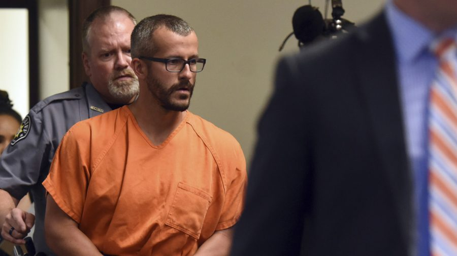 Chris Watts' daughter, 4, witnessed him strangling wife, lawyer says