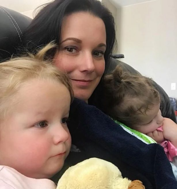 Shanann Watts and daughters 2