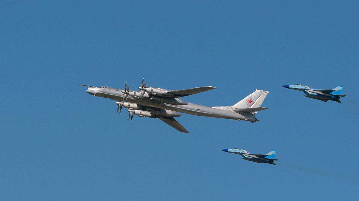 TU-95 bomber