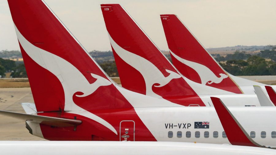 Qantas Urged to Ground Boeing 737 Fleet After Reports of Second Plane With Cracks