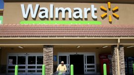 SmileDirectClub Signs Exclusive Deal to Sell Dental Care at Walmart