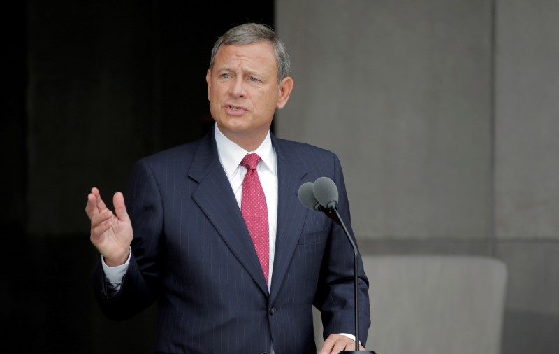 Mother of Supreme Court Chief Justice John Roberts Dies: Report