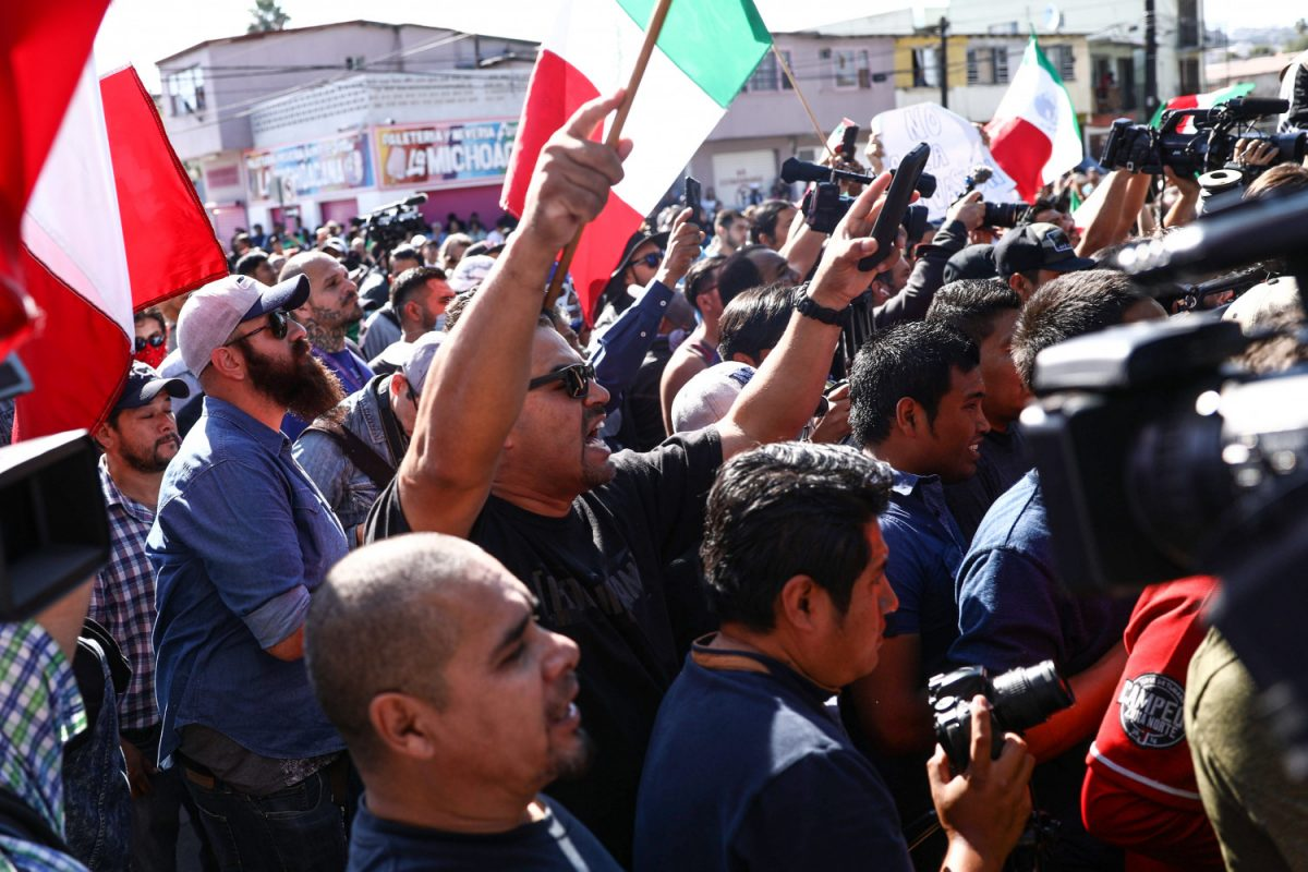Tijuana residents protest migrants