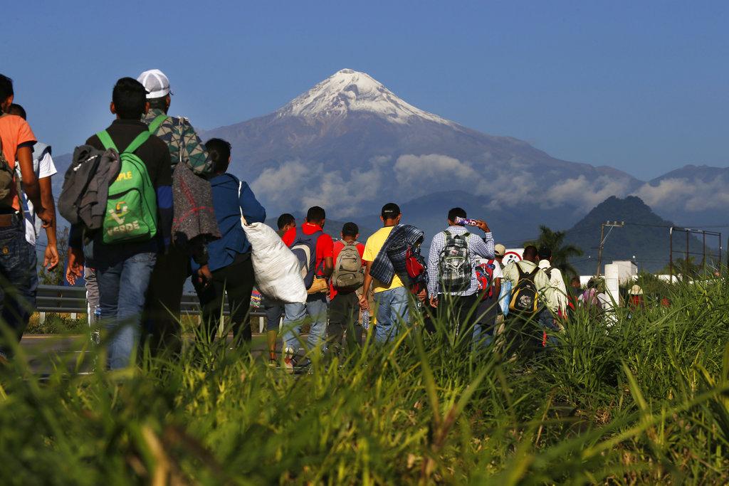 Migrant caravan reaches Mexico City