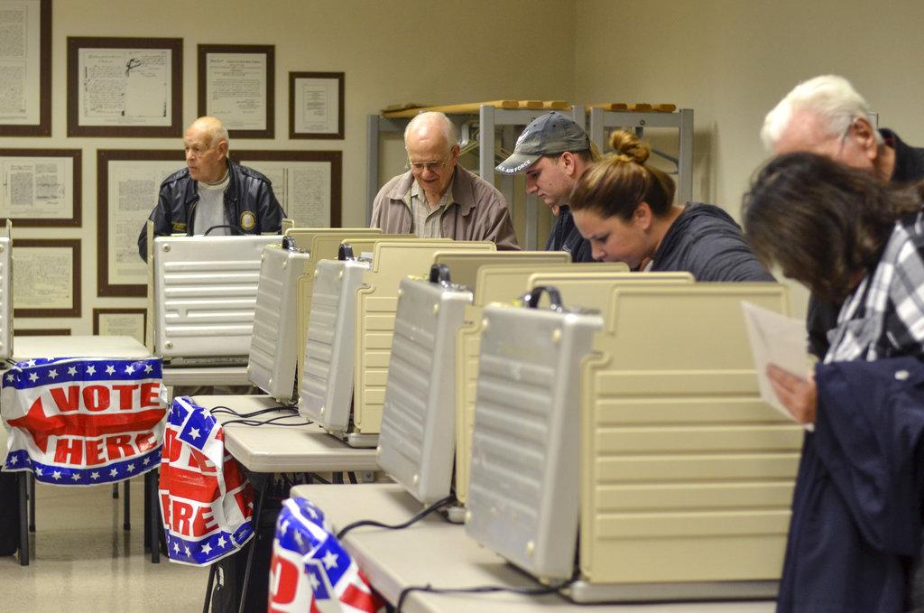 Broken Voting Machines, Ballot Scanners Hindering Voters 2018 Midterms