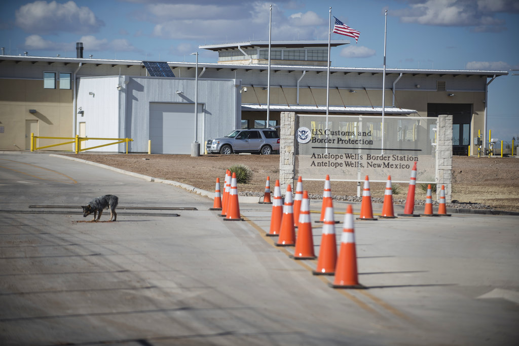 Antelope Wells border station