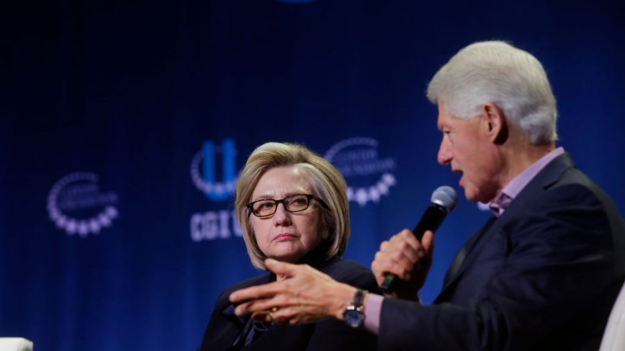 Ticket Prices for Bill and Hillary Clinton Tour Plummet, Available on Groupon