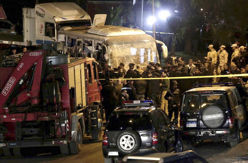 Egypt Bus Explosion Near Giza