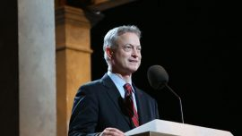 'Everybody Loves Raymond' Star Calls for Actor Gary Sinise to Be Considered for Time Person of the Year
