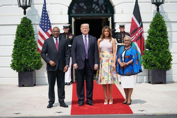 trump-and-melania-welcome-kenya-president--600x400