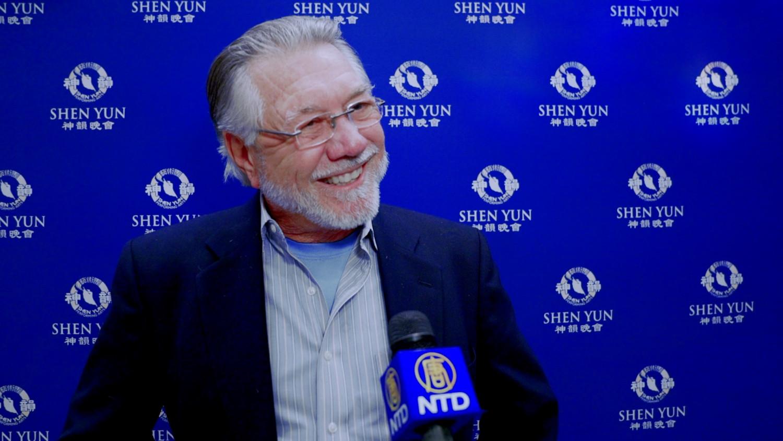 Shen Yun Moves American Veterans in San Antonio