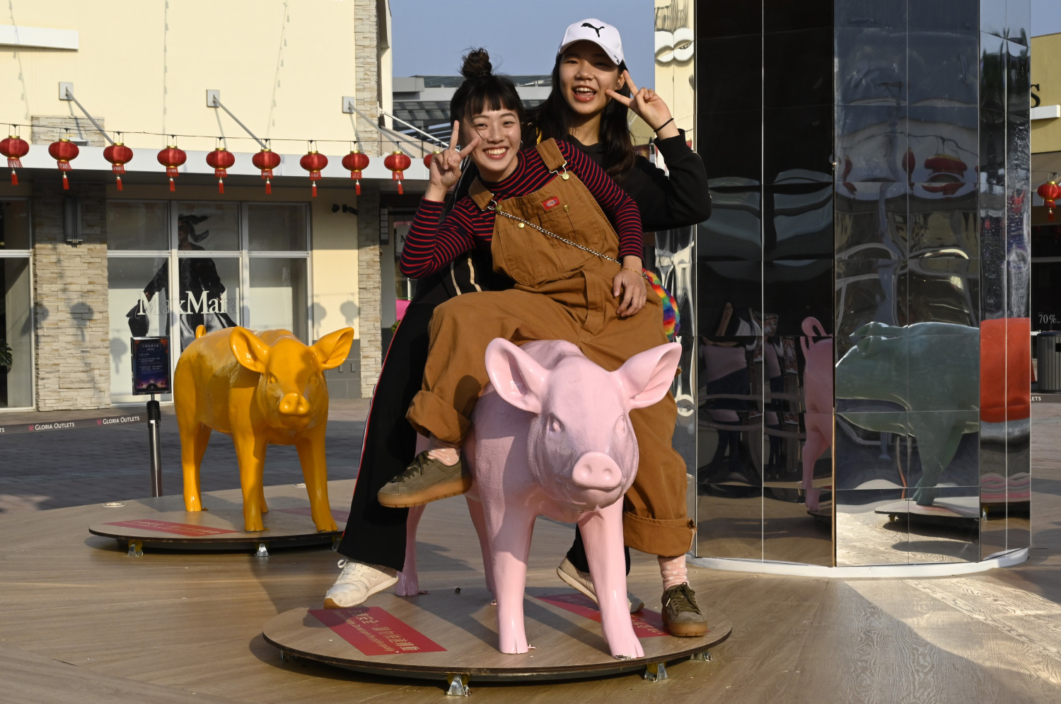 Pig-shaped sculptures for Chinese New Year