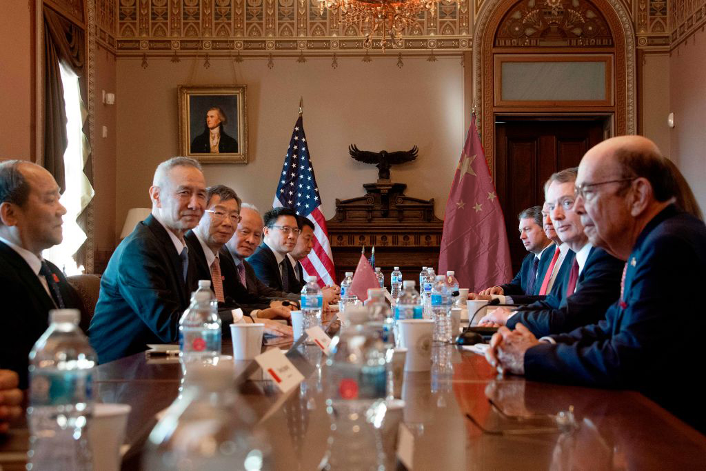 US Delegation talks with the Chinese Delegation