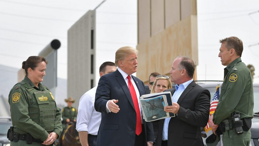 Trump to Redirect Money to Enhance Congress Wall Funding, Chief of Staff Says