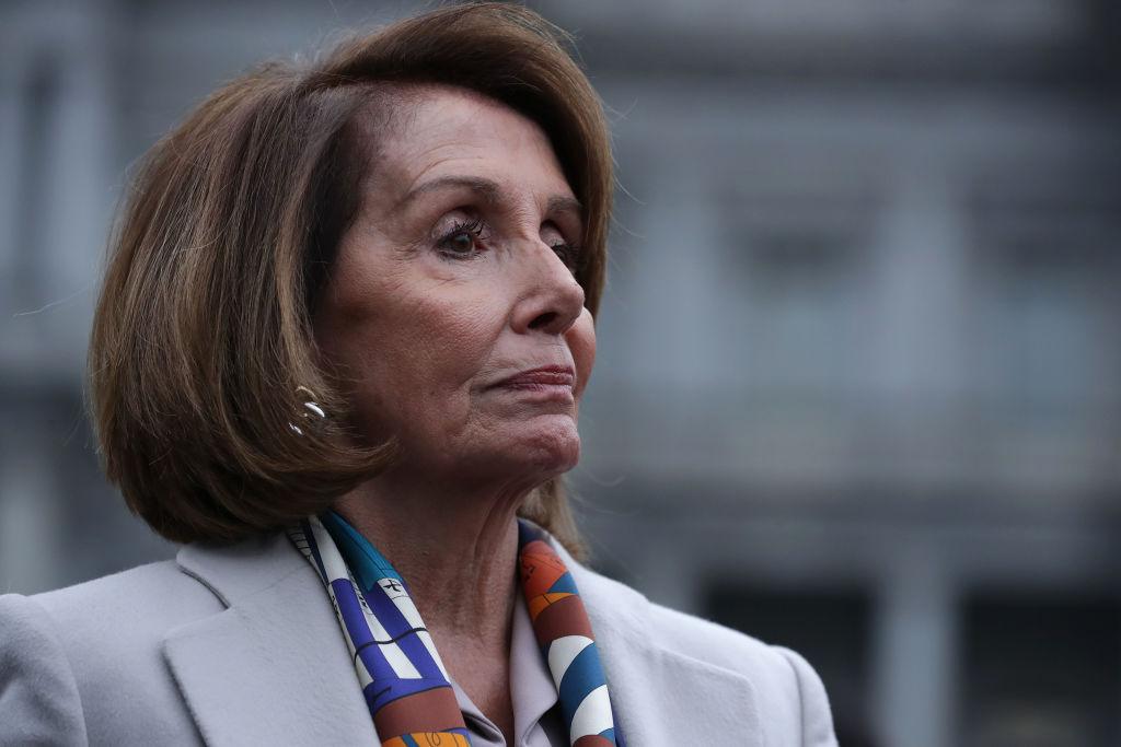 Veteran Who Started Border Wall GoFundMe Tries to Meet With Nancy Pelosi - NTD News