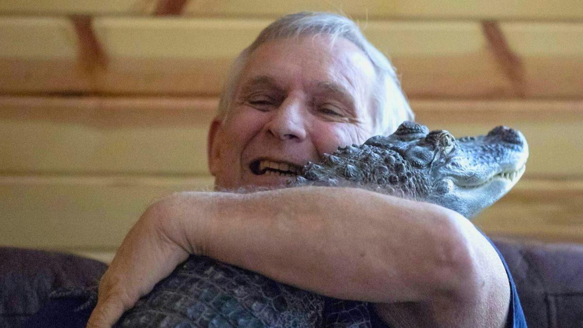 emotional support alligator named Wally