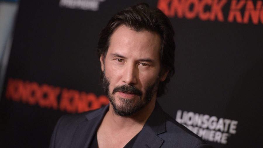 Keanu Reeves Surprised Family by Writing Back on Fan's Yard Sign: 'You're Breathtaking'