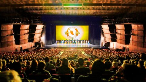 Traditional Culture in Shen Yun Impresses Paris Audience