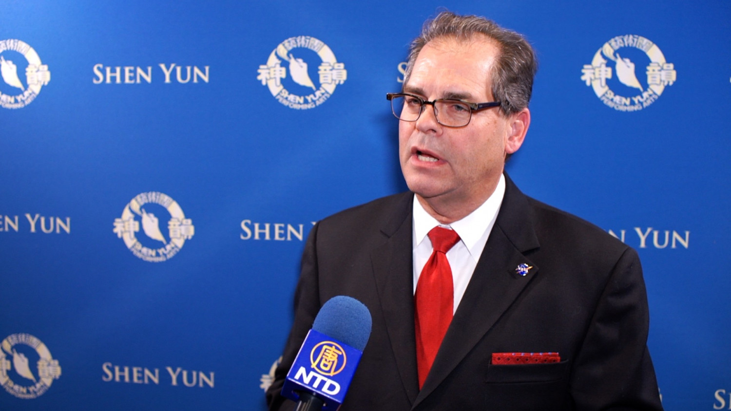 Television and Radio Hosts Expresses Appreciation for Shen Yun's Spirituality