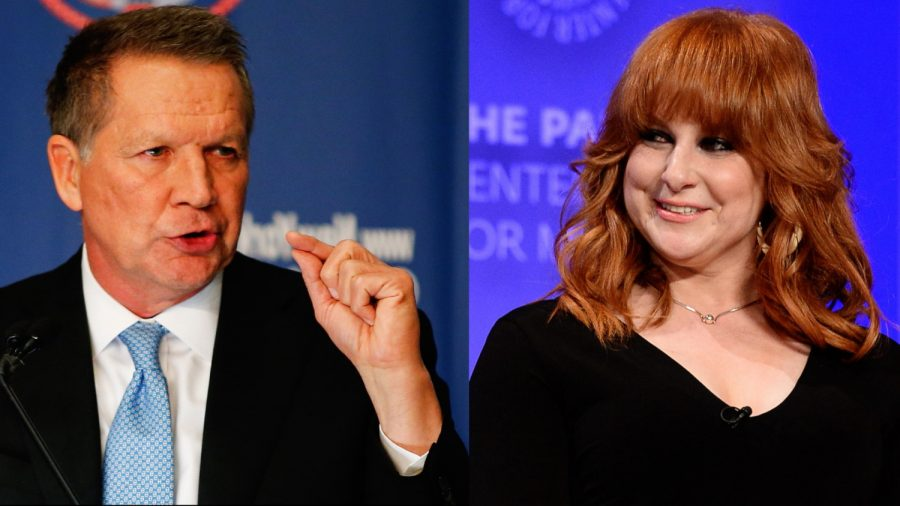 'Difficult People' Star Julie Klausner Rants About John Kasich Taking Her Airplane Seat