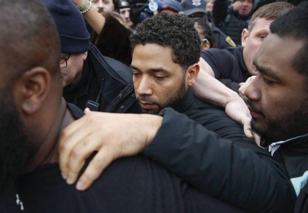 Jussie Smollett leaves jail