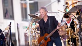 Former Guitarist of Fleetwood Mac Recovering From Open-Heart Surgery
