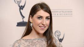 'Big Bang Theory' Star Mayim Bialik Slams United Airlines in Twitter Rant