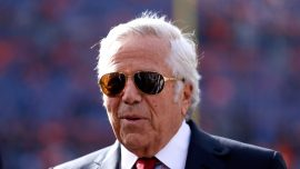 Prosecutors Reportedly Offer to Drop Soliciting Prostitution Charges Against Patriots Owner Robert Kraft