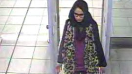 Pregnant Jihadi Schoolgirl Who Ran Away to Join ISIS Has No Regrets but Begs to Be Let Into UK to Give Birth
