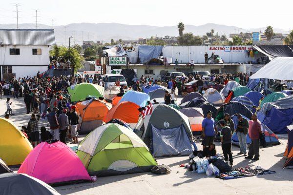 Tijuana_Mexico_border_510A4017-600x400