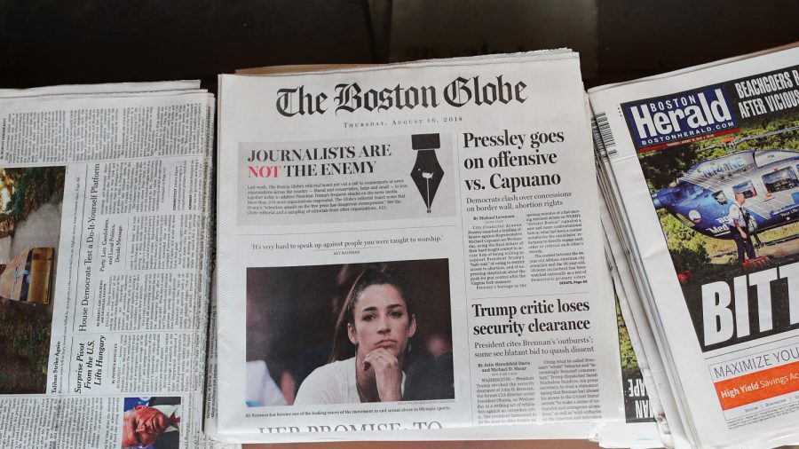 Boston Globe Pulls Article Telling Waiters to 'Tamper' With Trump Officials' Food
