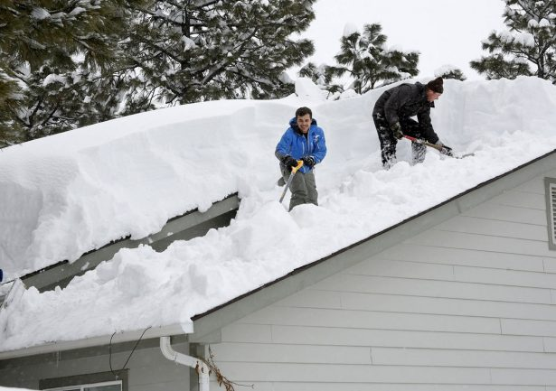 Storm Dumps Record Breaking Snow In Arizona On Way To Texas