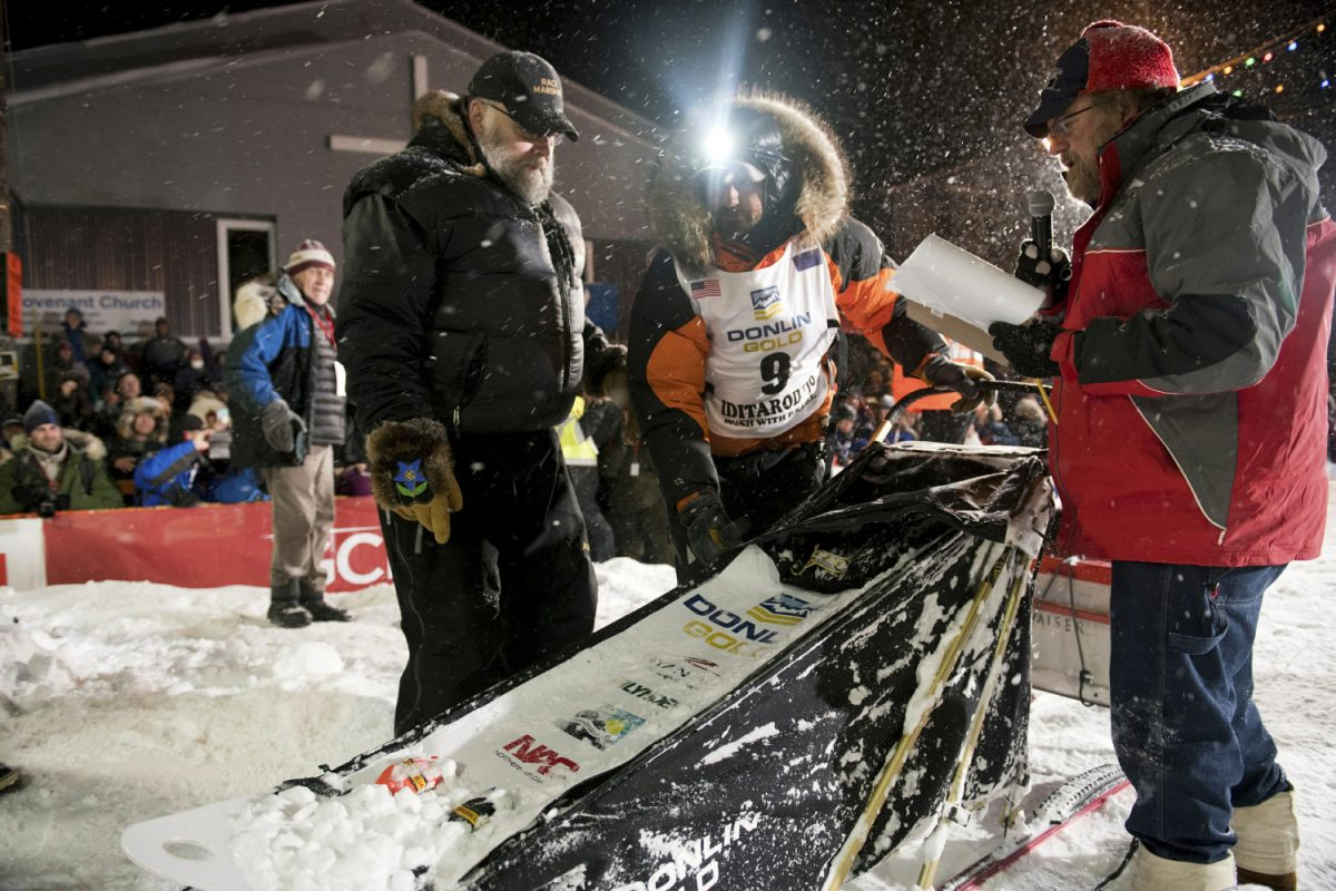 Alaska Dog Sled Race 3